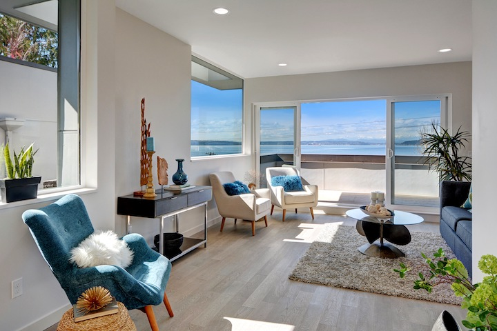 Living room of Alki Point townhome in Seattle