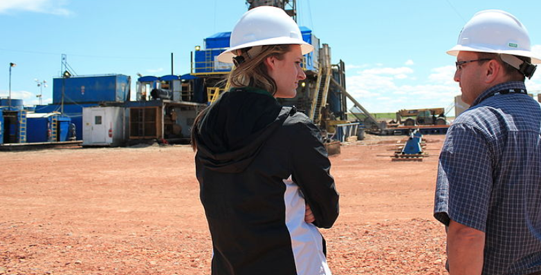 Woman on jobsite-roles for women in skilled trades-Wikimedia Commons Lindsey G