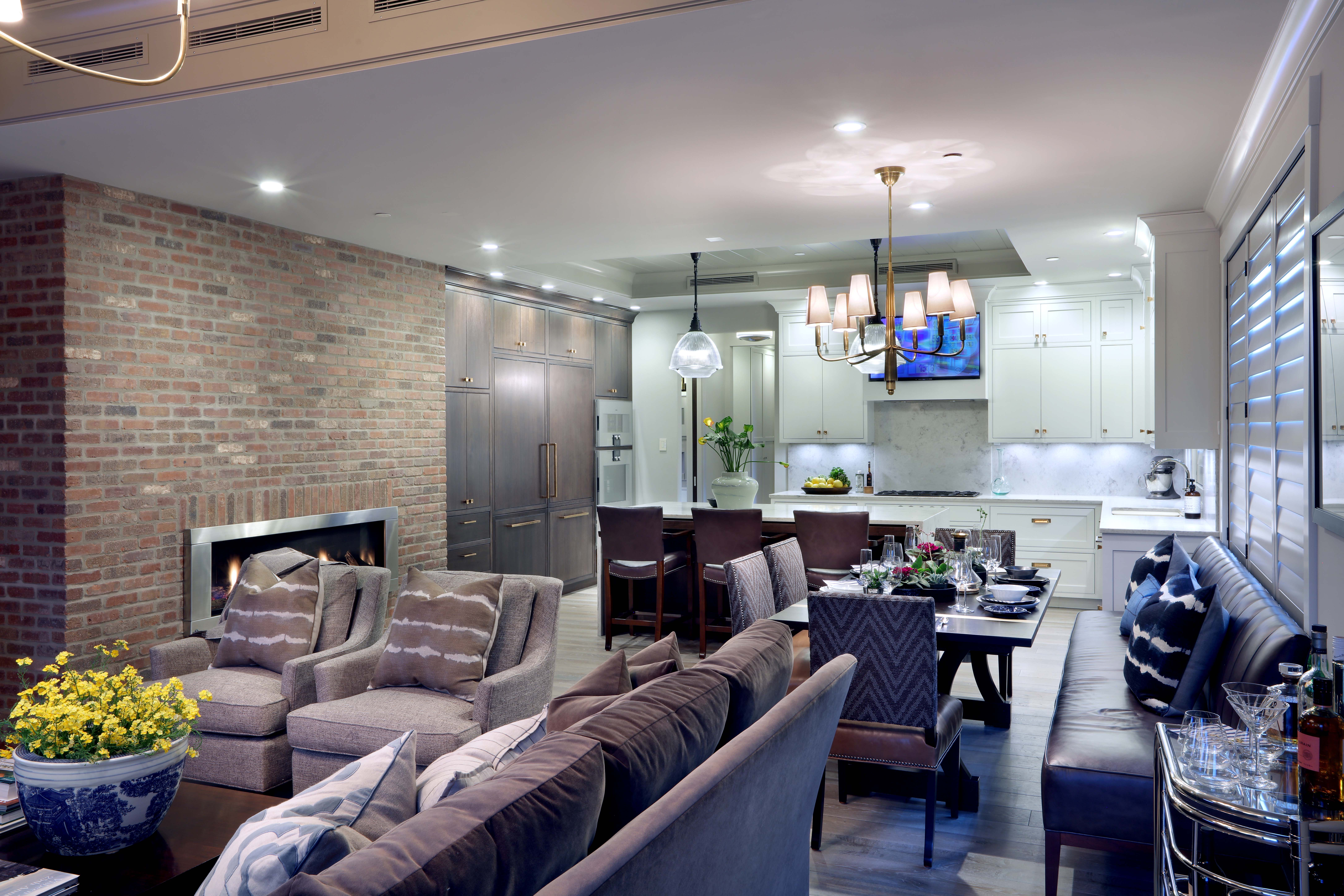The Visbeens' open-concept living space with eat-in kitchen and Napoleon Vector gas fireplace makes efficient use of space without sacrificing the luxuries they desired.