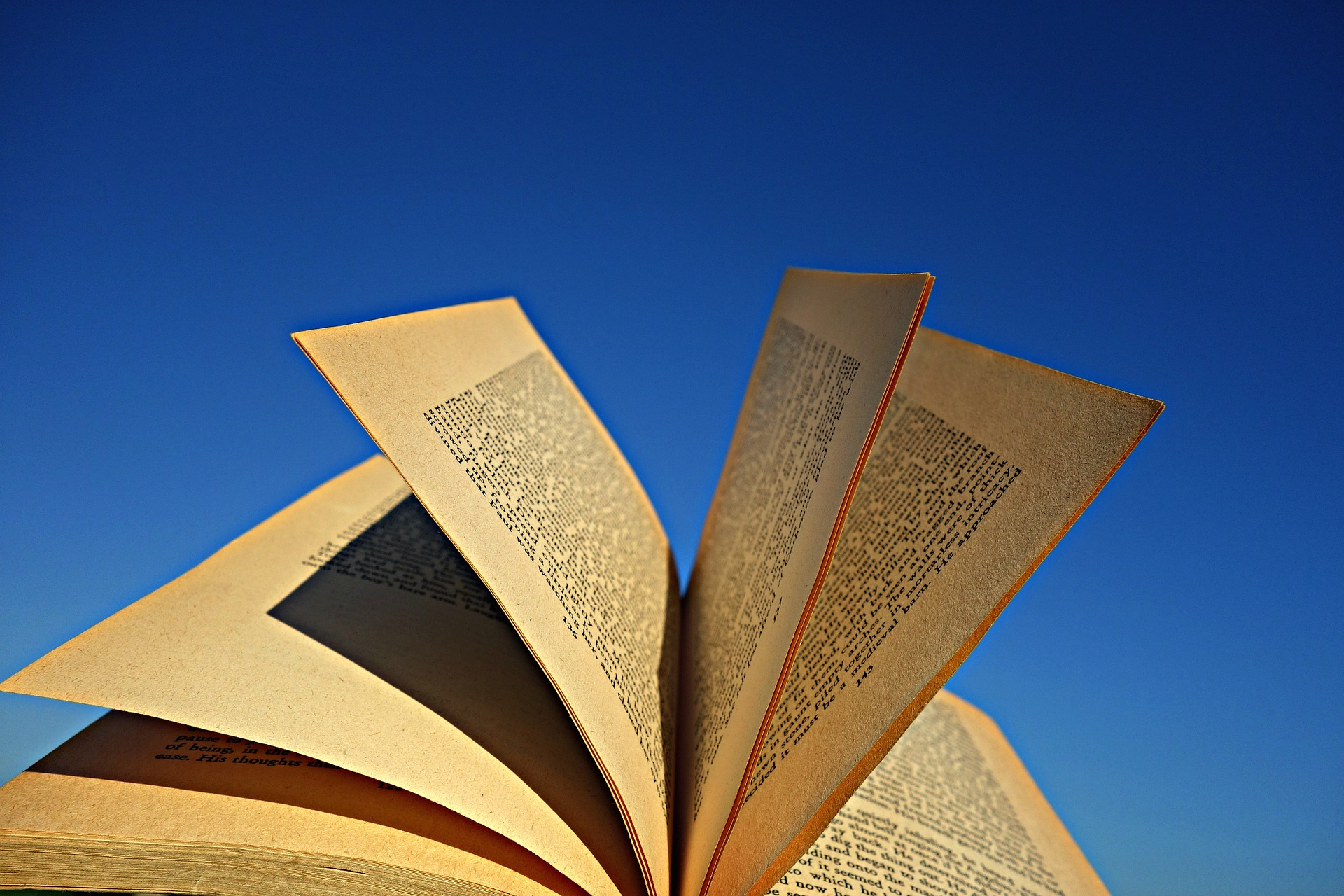 pages of book flipping-home builder story telling-sales process-photo MabelAmber via Pixabay
