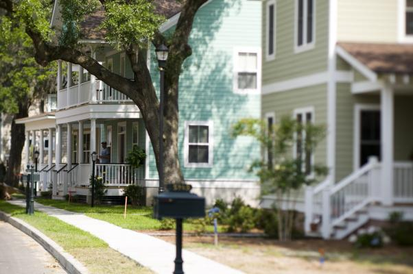 Experts Forecast that the Housing Market will Perk Up