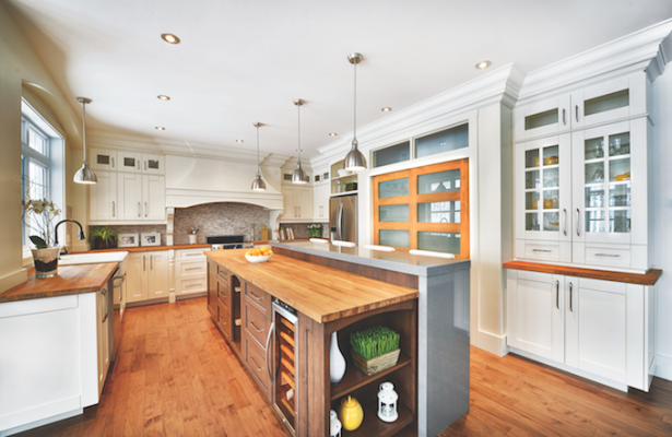 A Light Filled Kitchen By Canadian Manufacturer Cuisines Laurier.