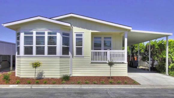 An example of a single-family manufactured home in California.