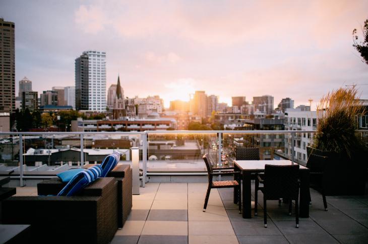 Rooftop lounge and view, photo: StockSnap via Pixabay
